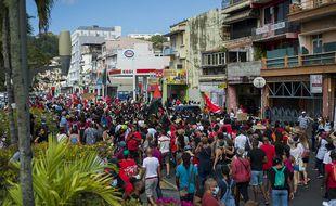Lors d'une manifestation à Fort-de-France, le 27 février.