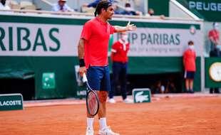 Roger Federer s'en prend à l'arbitre, le 3 juin 2021.