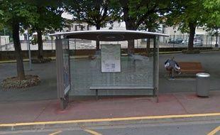 Le braquage s'est déroulé à l'arrêt les Lilas avenue Georges Pompidou à Périgueux.