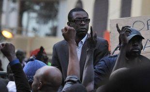 Le chanteur sénégalais Youssou Ndour a été nommé ministre de la Culture et du tourisme dans le nouveau gouvernement sénégalais formé mercredi soir par le Premier ministre Abdoul Mbaye, désigné la veille par le président Macky Sall, selon un décret lu à la presse.