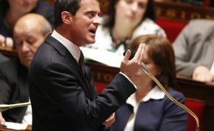 La Premier ministre Manuel Valls lors de la session de Questions au Gouvernement à l'Assemblée nationale le 25 mai 2016