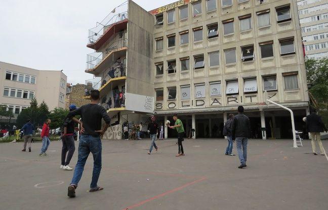 Plus de 500 réfugiés, issus de quatorze nationalités différentes, vivaient jusqu'en juillet dernier, dans l'ancien lycée Jean-Quarré dans le 19e arrondissement.