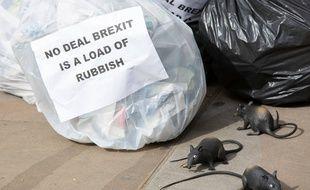 Les Britanniques craignent le scénario d'un Brexit sans accord (« no deal ») avec l'Union européenne, le 31 octobre prochain.