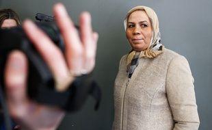 Toulouse, le 6 décembre 2012. La mère d?Ibn Ziaten, Latifa, un des militaires tués par Merah. Elle est à Toulouse pour son association, durant deux jours elle va se rendre dans un lycée et dans les quartiers pour livrer la bonne parole.
