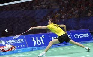 La Chine, avec un carton plein en tennis de table grâce aux victoires de Li Xiaoxia chez les dames et de Ma Long chez les messieurs, l'or de la joueuse Wang Shixian en badminton et deux autres titres en taekwondo, a dominé mardi à Canton la 8e journée des Jeux asiatiques.