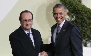 François Hollande et Barack Obama au Bourget près de Paris pour l'ouverture de la COP21, le 30 novembre 2015.