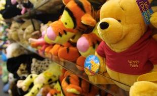 Une peluche Winnie l'ourson