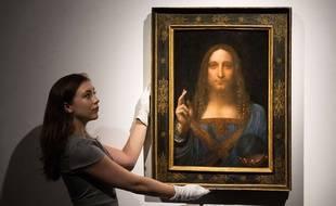 «Salvator Mundi» de Léonard De Vinci, datant d'environ 1500, a été adjugé en novembre 2017 pour 450,3 millions de dollars par Christie's à New York.