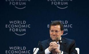 L'Espagne continuera de défendre le pacte budgétaire signé en mars par 25 pays de l'Union européenne et restera fidèle à sa propre politique d'austérité, a assuré mercredi le chef du gouvernement conservateur espagnol, Mariano Rajoy
