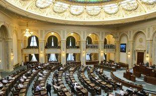 Le gouvernement roumain a adopté mercredi un projet de loi obligeant les anciens tortionnaires du régime communiste à indemniser les victimes, une première en Roumanie, pays qui n'a condamné que peu de responsables de la répression.
