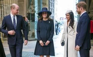 Les deux couples princiers britanniques, Kate et William d'un côté, Meghan et Harry de l'autre, le 12 mars 2018