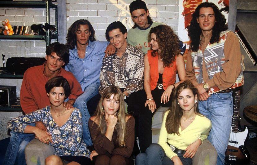 « Les sitcoms AB étaient une touche de couleur dans des années 1990 très sombres », note la créatrice de La Sitcomologie