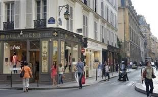 Des commerces le 12 juillet 2013 à Paris