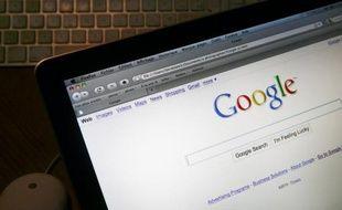 """Un médiateur a été désigné mercredi pour tenter de régler le différend entre Google et des associations antiracistes qui demandent que le moteur de recherche ne puisse plus associer automatiquement le mot """"juif"""" au nom de personnalités faisant l'objet de requêtes d'internautes."""