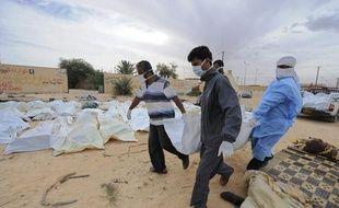 Il a 32 ans et le regard hanté de ceux qui ont vu trop d'horreurs pour dormir en paix. Mohammed Younès Al-Hemali fait partie des volontaires ramasseurs de cadavres dans les ruines de Syrte, ville fantôme où Mouammar Kadhafi se terrait avant sa mort le 20 octobre