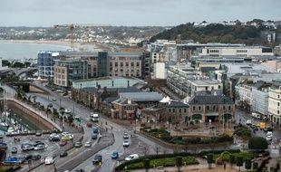 La fiscalité avantageuse de l'île de Jersey attire les milliardaires britanniques.