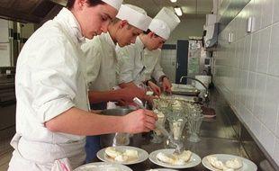 Le laboratoire est ouvert aux food-trucks, chefs à domicile, traiteurs et particuliers souhaitant cuisiner pour un événement.