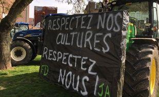 Les agriculteurs rassemblés à Lille le 31 mars 2017