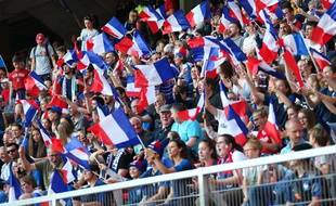 Des supporters français lors de France-Nigeria, le 17 juin 2019.