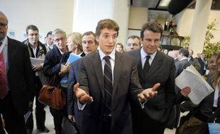 """Jean Sarkozy a répété mercredi dans un communiqué qu'il ne serait pas candidat à la présidence du conseil général des Hauts-de-Seine, répondant aux accusations du président actuel, Patrick Devedjian qui l'avait jugé """"pressé""""."""
