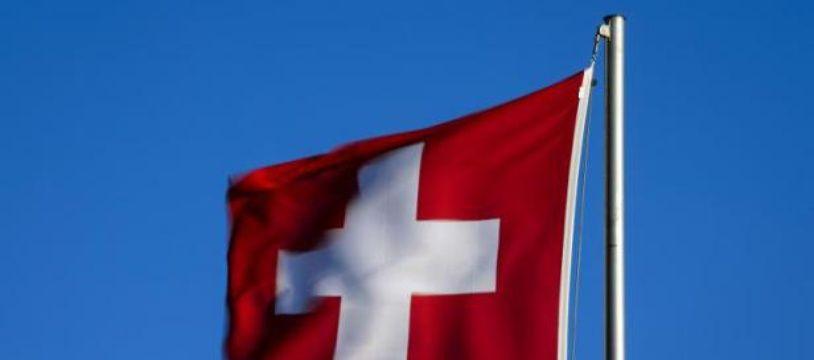 Le salaire minimum revendiqué par les Neuchâtelois est de 20 francs suisses (17,38 euros) de l'heure.