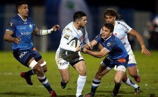 Le Castres Olympique (en bleu) contre le Racing, en décembre 2016.