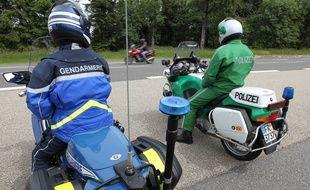 Illustration. Opération de contrôle effectué par la gendarmerie du Bas -Rhin en présence de policiers allemands.