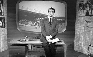 Michel Drucker sur le plateau de Sports Dimanche