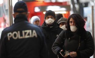 Au 15 mars 2020, le bilan du coronavirus en Italie  était de 1.800 morts et près de 25.000 cas.