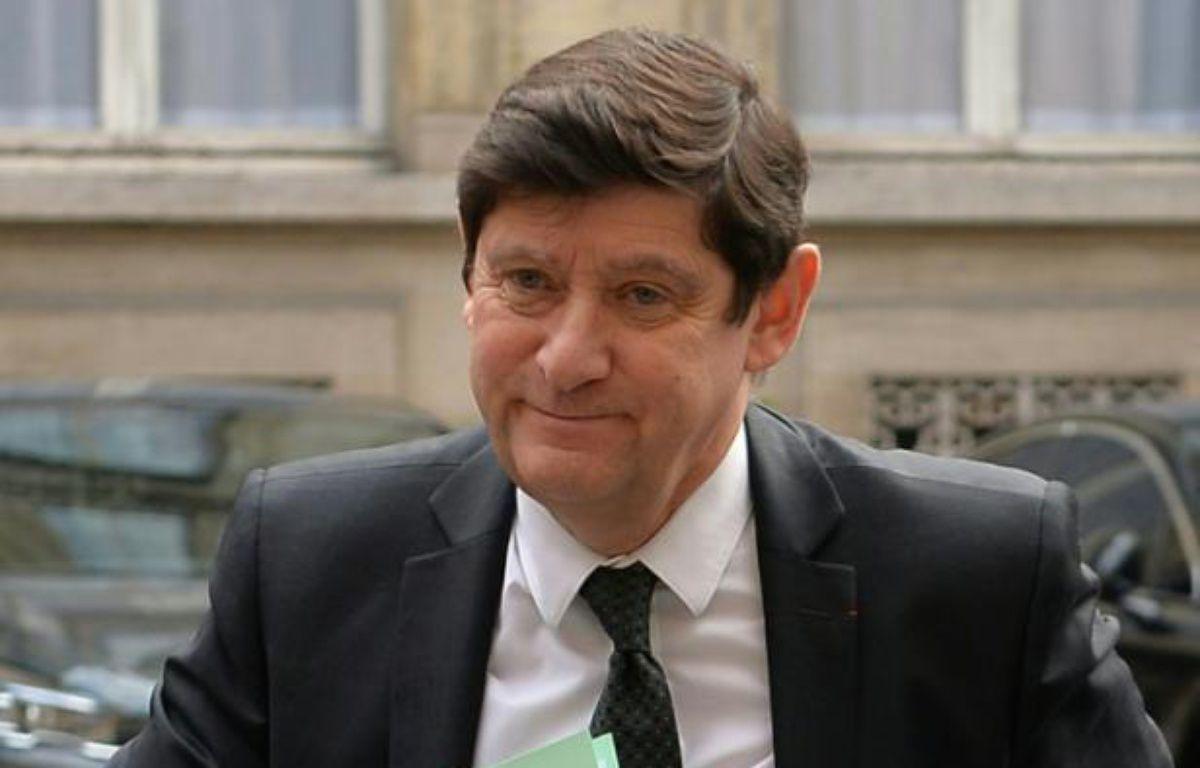Le ministre de la Ville Patrick Kanner, lors d'une réunion au ministère de l'Intérieur le 23 mars 2016 – MIGUEL MEDINA AFP