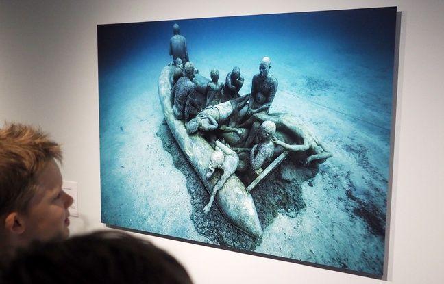 Le radeau de Lampedusa, en écho à la crise des Migrants est immergé au large de l'île de Lanzarote