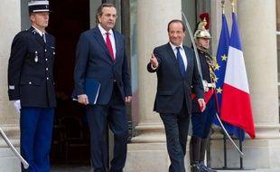 La Grèce, qui cherche à restaurer sa crédibilité, espère que l'offensive de charme du Premier ministre Antonis Samaras à Berlin et à Paris va faire taire les critiques au moment où le pays s'active pour obtenir un sursis afin de redresser ses comptes publics.