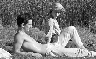 Pierre Niney et Paula Beer dans «Frantz» de François Ozon.