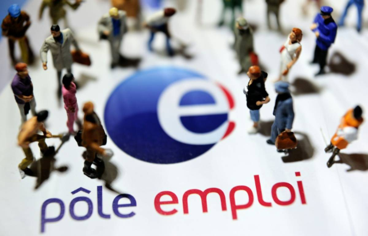 Le gouvernement publie le nombre de demandeurs d'emploi inscrits à Pôle emploi à fin juin, après une légère hausse en mai qui s'inscrivait toutefois dans un contexte d'amélioration – PHILIPPE HUGUEN AFP