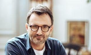 Frédéric Lopez a révélé son homosexualité dans « Mille et une vies » sur France 2