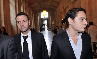 """Le parquet de Paris a classé sans suite vendredi les deux plaintes de l'ex-trader Jerôme Kerviel contre la Société Générale, l'une pour """"faux et usage de faux"""", l'autre pour """"escroquerie au jugement"""", a-t-on appris de source judiciaire."""