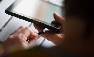 L'application enregistre directement sur la tablette tout ce que dit l'enseignante.