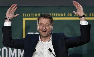 Yannick Jadot, tête de liste Europe Ecologie Les Verts, célèbre sa troisième place aux Européennes 2019