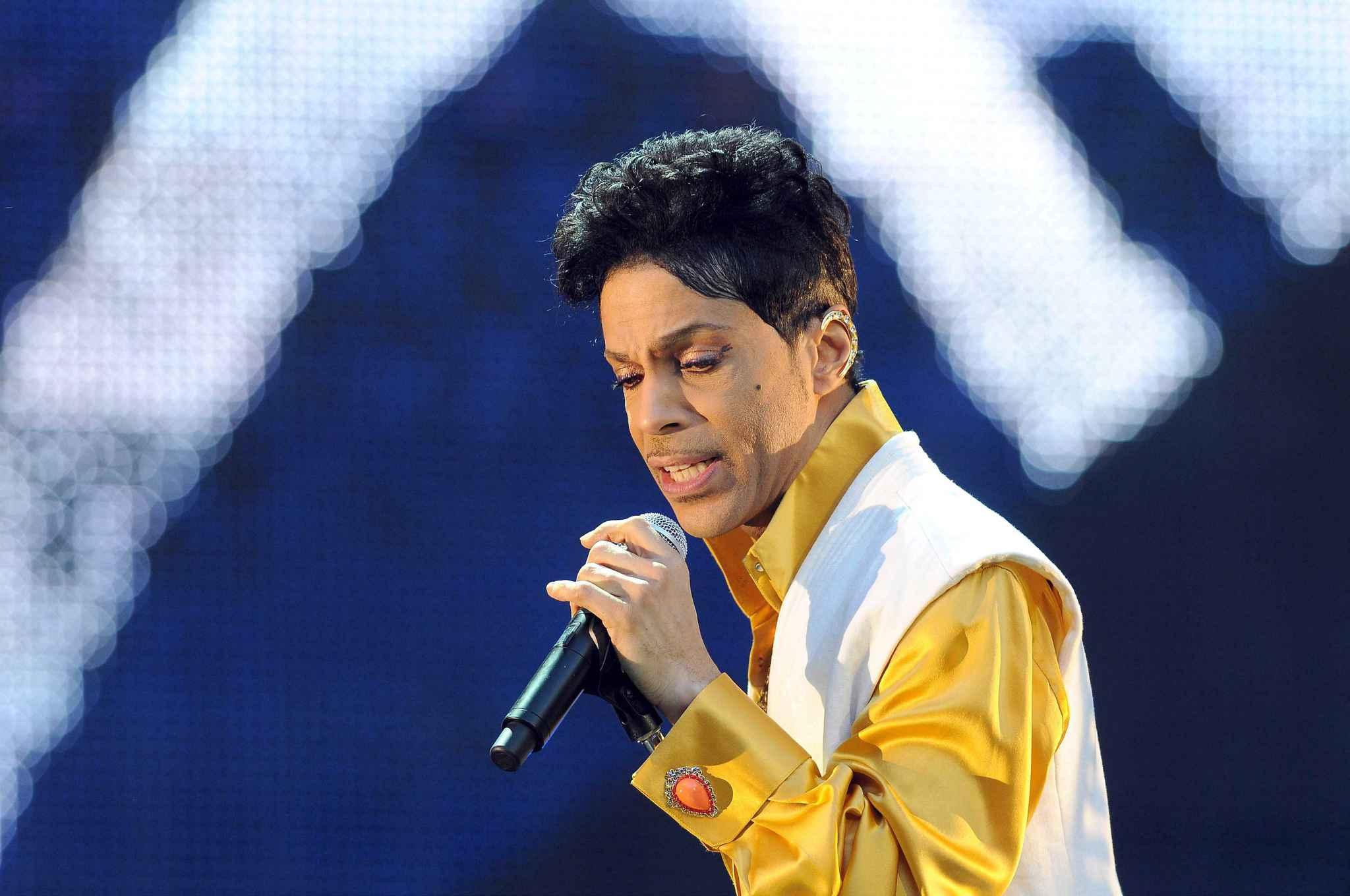 2048x1536-fit_prince-concert-stade-france-paris-30-juin-2011.jpg