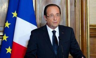"""Le président François Hollande a confirmé samedi soir que le retrait des """"troupes combattantes"""" françaises débutera en juillet et s'achèvera fin 2012."""