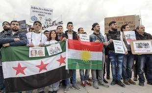 Des manifestants protestent contre le régime syrien à Genève, le 29 janvier 2016.