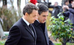 Nicolas Sarkozy et François Fillon le 9 novembre 2010 à Colombey-Les-Deux-Eglises, où se tenait la cérémonie du 40e anniversaire de la mort du Général de Gaulle.