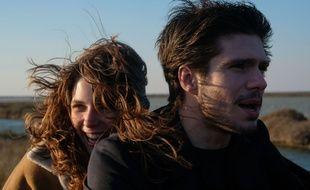 Joséphine Jamy et François Civil dans Mon Inconnue d'Hugo Gélin