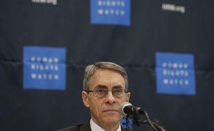 Le directeur de l'ONG devait présenter un rapport annuel sur les droits de l'Homme.