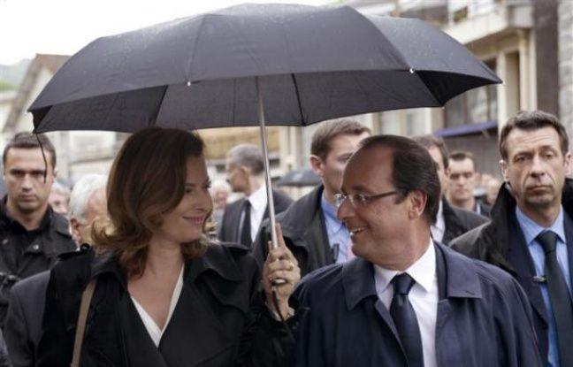 Valérie Trierweiler et François Hollande, le 9 juin 2012 à Tulle, en Corrèze.