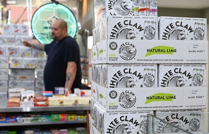 L'eau pétillante alcoolisée cartonne aux Etats-Unis
