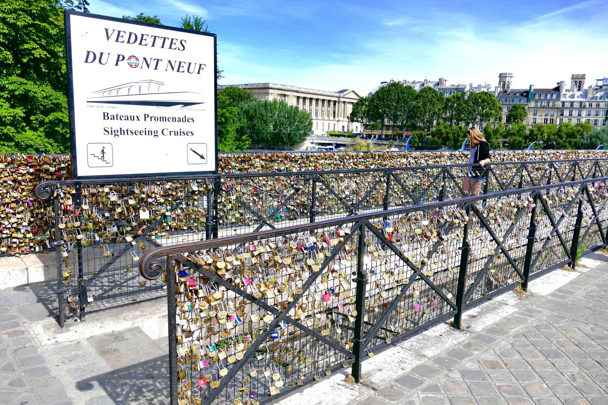 Paris l 39 amour est bel et bien fini entre la mairie et les cadenas - Pont des cadenas paris adresse ...