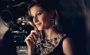 Gisele Bündchen est le nouveau visage de Chanel N°5.
