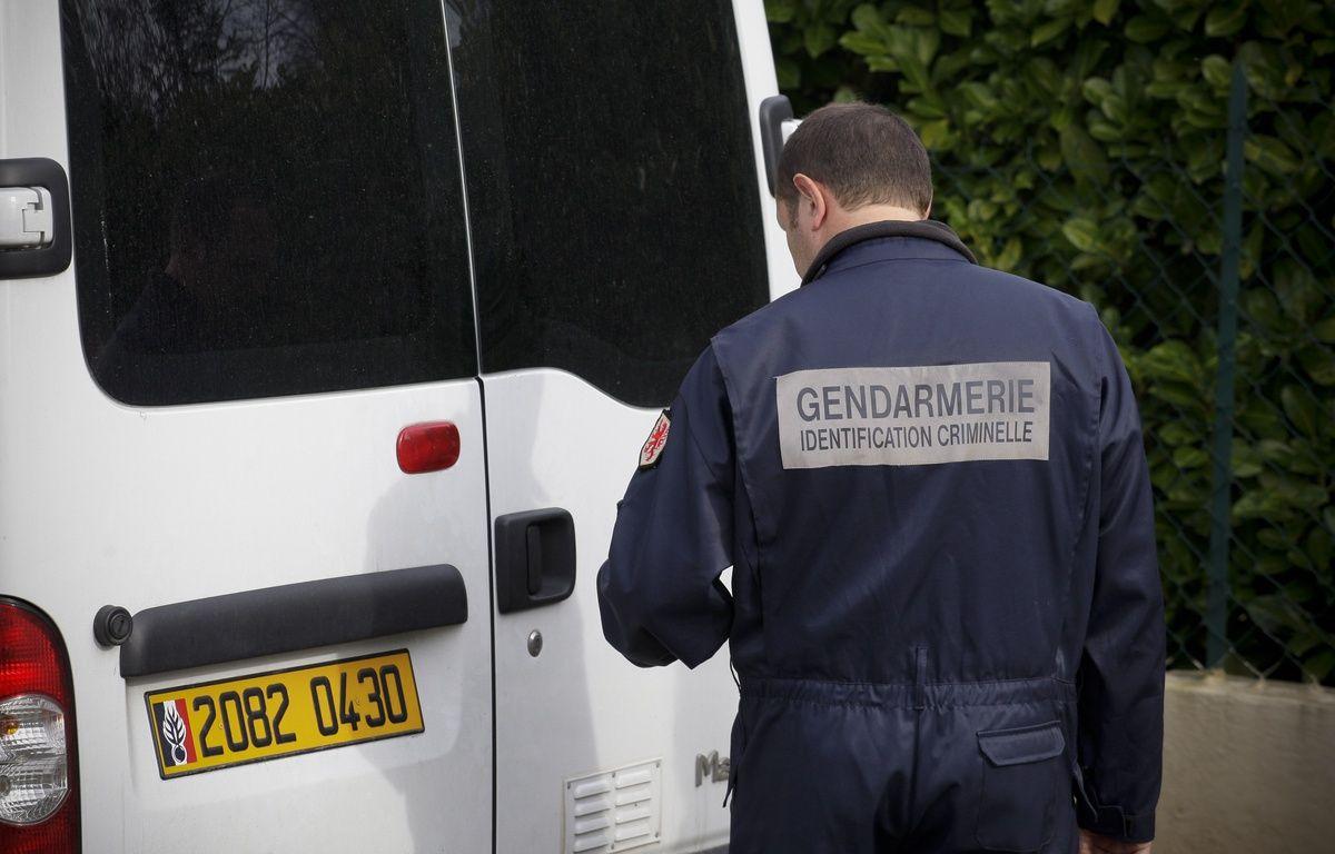 Un enquêteur de l'identification criminelle de la gendarmerie nationale. – FRED SCHEIBER/20 MINUTES