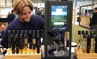 La D-Vine délivre du vin au verre à partir de flacons-tubes de 10 c.